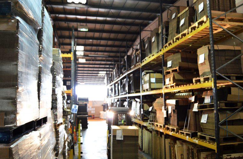 manor-box-warehouseing-left-plastic